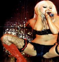 TuneWAP Christina Aguilera