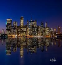 Waptrick Manhattan Night Skyline