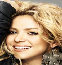 TuneWAP Shakira Blonde Hair